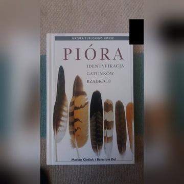 Pióra - identyfikacja gatunków . książka ptaki