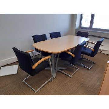 Kinnarps stół konferencyjny i krzesła - komplet
