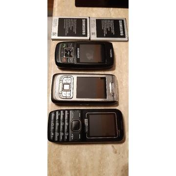 Trzy używane telefony