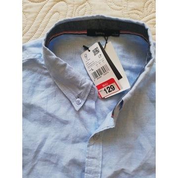 Cienka, lniana koszula M- L. Kolor jasnobłękitny.