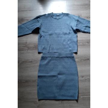 Kostium sweter i spódnica