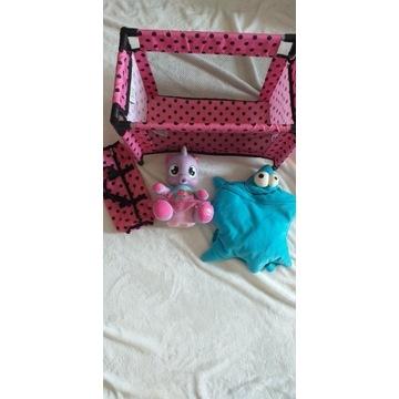 Zabawka interaktywna+łóżeczko dla lalek i plecak
