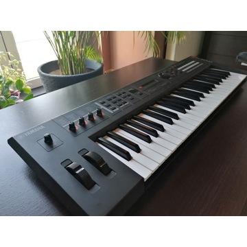 Syntezator Yamaha mx49