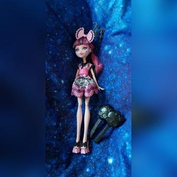 DRACULARA Monster High lalka japońska 2 grzebienie