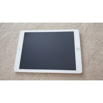 Tablet Apple iPad A1822 Opis