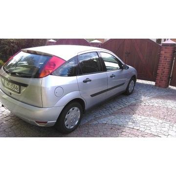 Ford Focus I Hatchback 1.6 16V 100KM