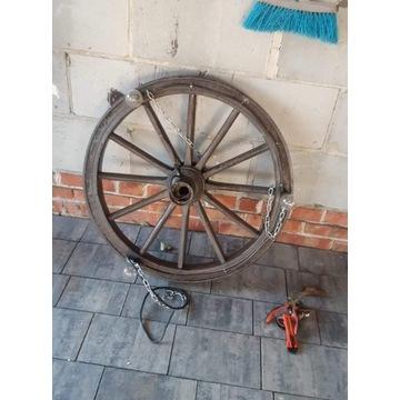 Żyrandol koło od wozu