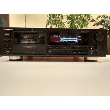Magnetofon PIONEER CT-939 z kasetami