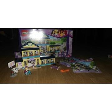 Klocki Lego Friends Szkoła w Heartlake 41005