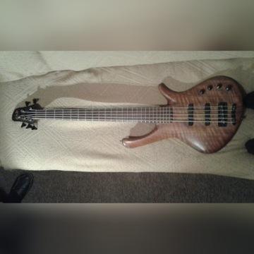 Gitara basowa GMR