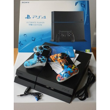 PS4 SONY PLAYSTATION 4 1TB super stan, dwa pady,