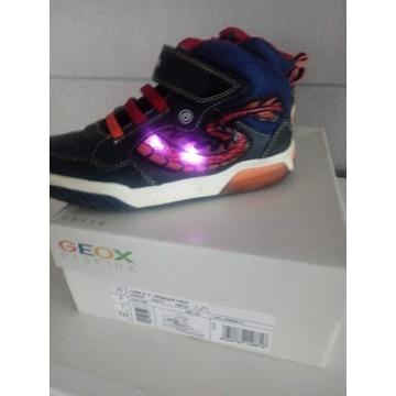 Buty chłopięce Geox respiro oddychające świecą