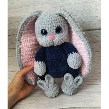 Prezent dla dziecka pluszowy króliczek