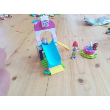 4 zestawy LEGO Friends