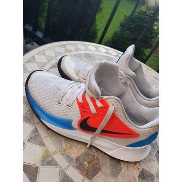 Nike Kyrie low 2 44,5