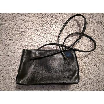 Dwie torebki damskie kolor czarny stan bdb
