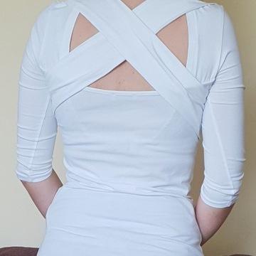 Biała bluzka z X na plecach roz S