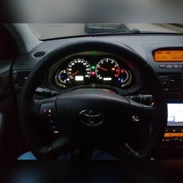 Licznik, zegary Toyota Avensis T25