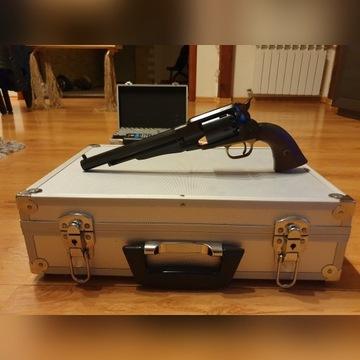 Rewolwer czarnoprochowy Remington New Army