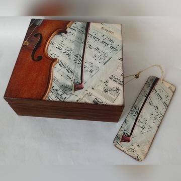 Drewniana szkatułka z zakładką,  wzór skrzypce