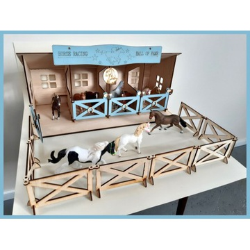 Drewniana Stajnia wiata dla koni