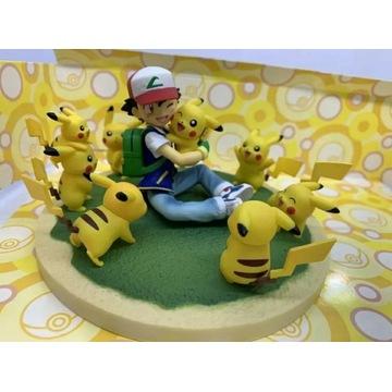 Ash Ketchum trener 8 figurek Pikachu Pokemon HIT!