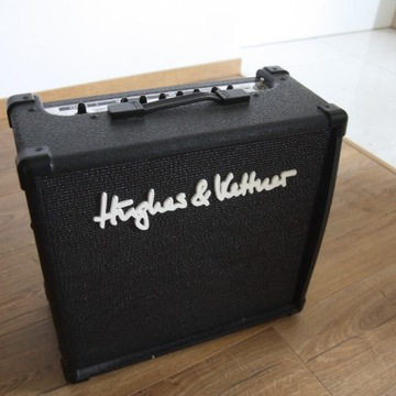 Wzmacniacz gitarowy HUGHES & KETTNER 15