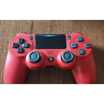 Orginalny pad PS4 czerwony + kabel USB - używany