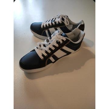 Sneakersy John Baner JEANSWEARS rozmiar 39