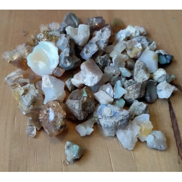 Opal naturalny  >30g kolekcja  orgonit talizman