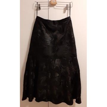 Elegancka czarna spódnica rozm. 40 / L z podszewką