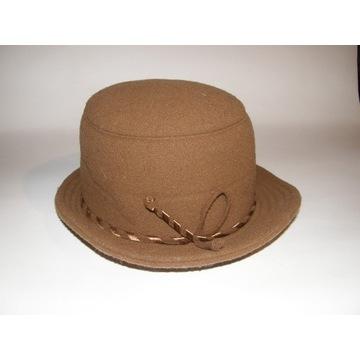 Śliczny kapelusz CAMEL 56-58cm