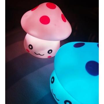 Nowe Lampka nocna grzybek LED zmienia kolory 6x6cm