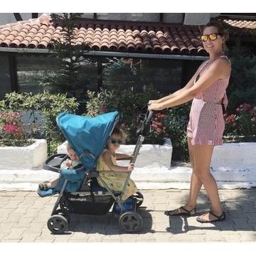 Wózek spacerówka dla dwójki: starszaka i malucha