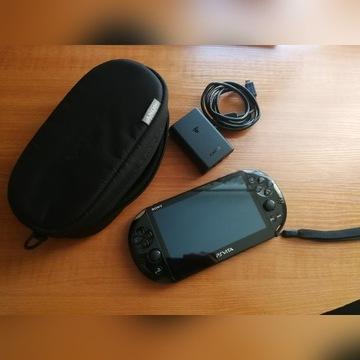 Sony PS Vita + etui + 21 gier