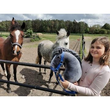 Koń Hobby Horse na kijki + zestaw - Morwa