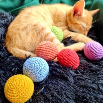 Piłki piłeczki do zabawy dla kota psa handmade