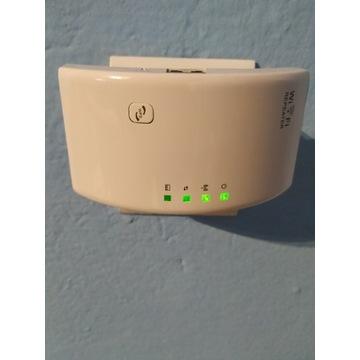 Wzmacniacz sygnału WiFi Repeater, używany