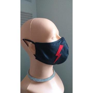 Maska czarna z piorunem strajk