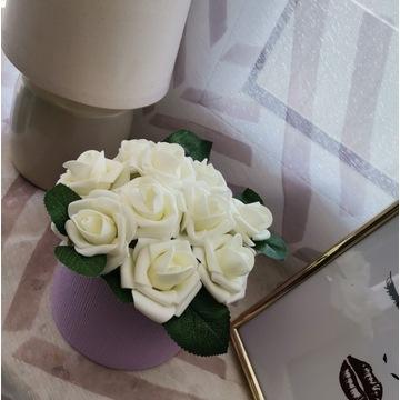 Róże Mały FlowerBox Kwiaty w pudełku Dzień Matki