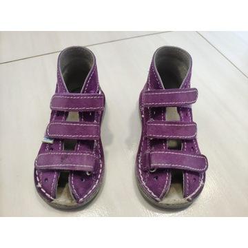 Profilaktyczne buty adamki