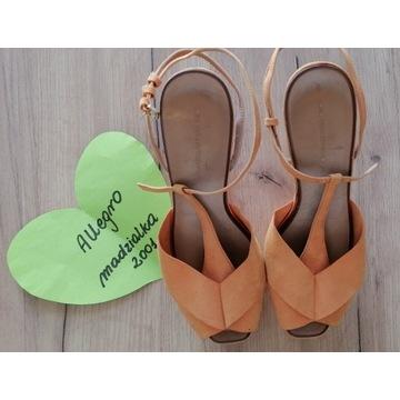 Fetysz buty używane szpilki na platformie