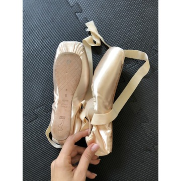 Pointy baletowe bloch balet roz. 42 /9 X