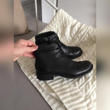 Tamaris skórzane buty 38