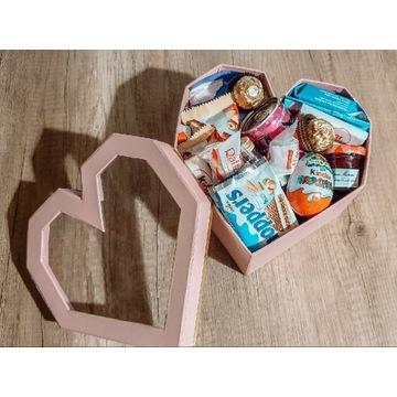 Box zestaw prezentowy ze słodyczami