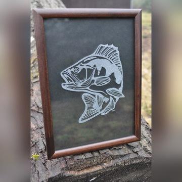 Obrazek grawer na szkle dla wędkarza przyrodnika
