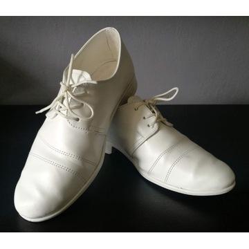 buty na komunię dla chłopca lakierki r.31 +DODATKI
