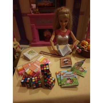 Mini książka dla lalek LOL OMG, Barbie...