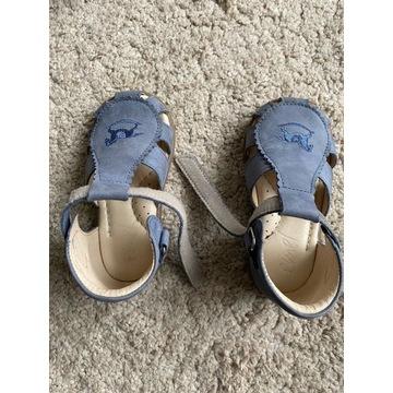 Sandałki dla dziecka