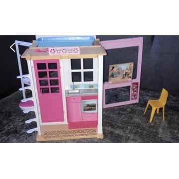 Piętrowy domek Barbie